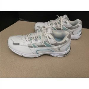 Vionic Shoes - Womens Vionic Walker Walking Shoes. Size 9 Wide.